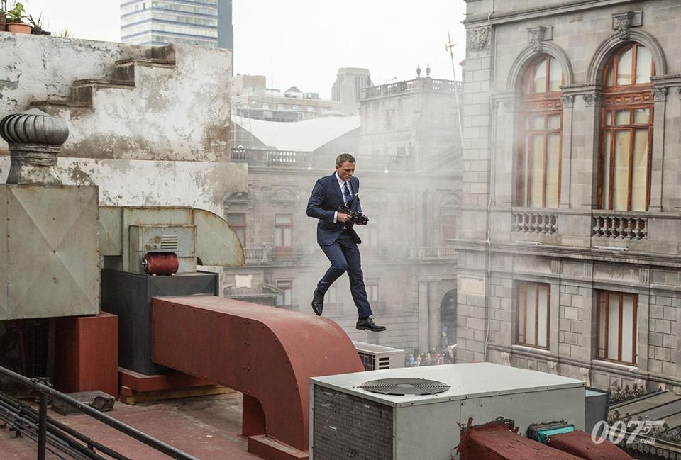 James Bond FB