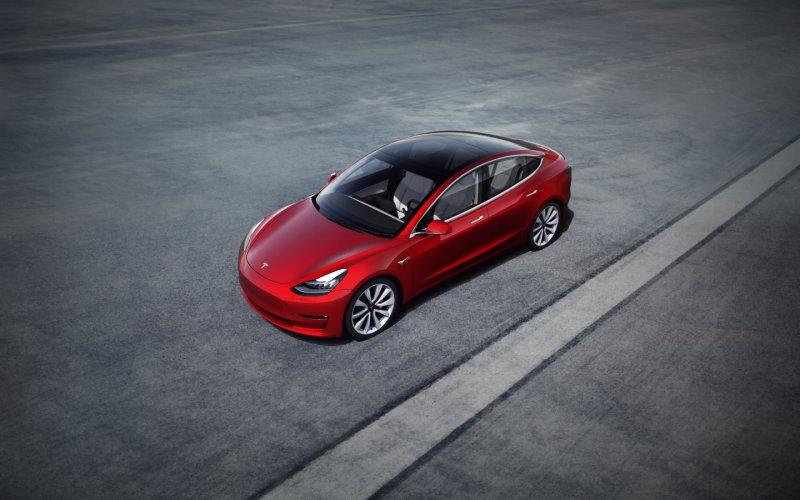 Tesla Model 3 Dhs 10,000 deposit Dubai UAE