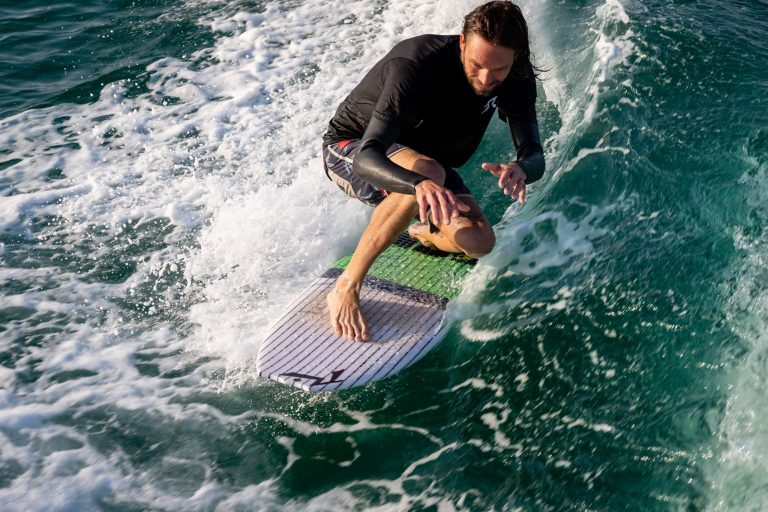 Rusty Wake Surfing