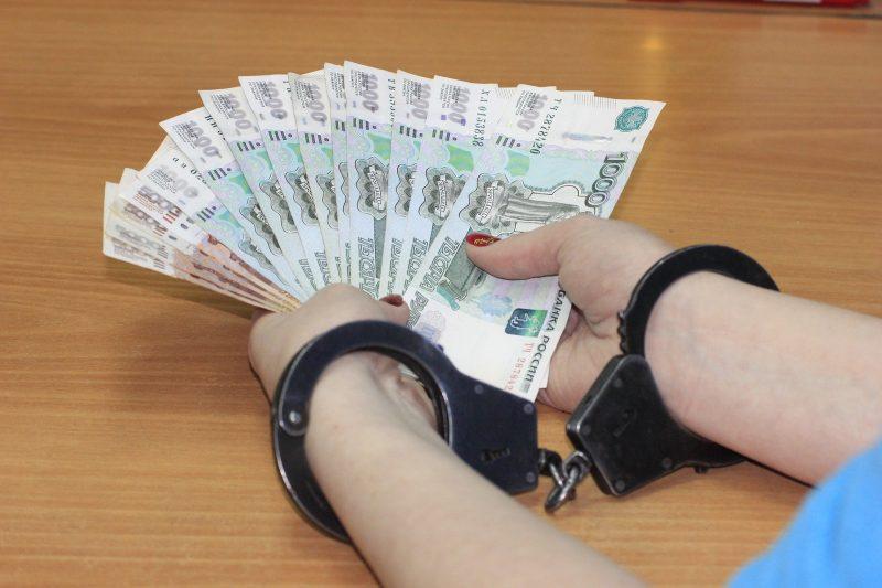 Dubai man tries to bribe police with AED2 million