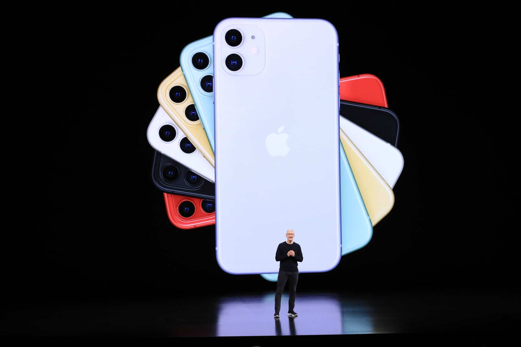 Apple first American company to be valued at two trillion dollars