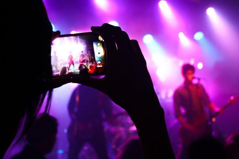 Dubai bans all entertainment with immediate effect