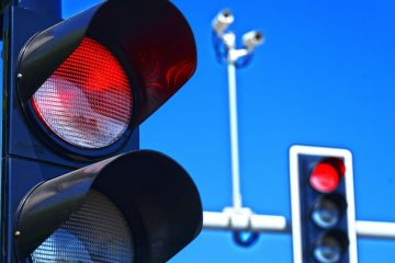AED 50,000 fine for jumping red light in Abu Dhabi