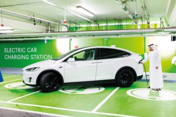 Electric car drivers in Dubai now get free parking and Salik