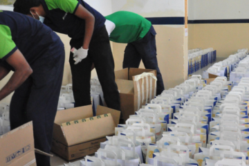 DubaiLAD help put a Smile on the Face of blue collar workers during Ramadan