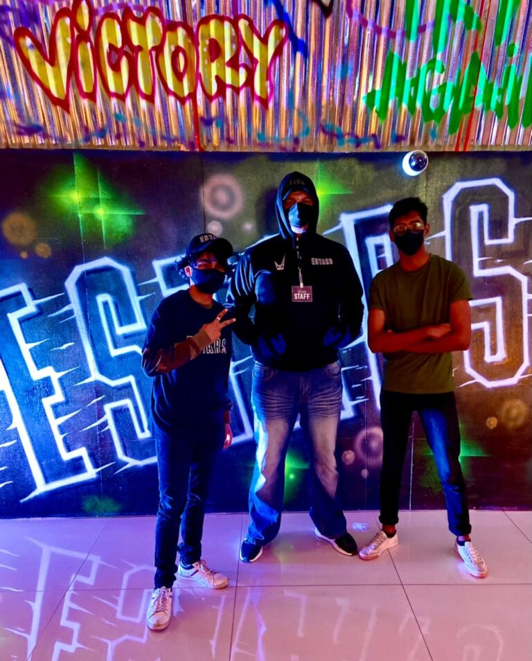 EStars launches gaming store in Dubai Mall including Playstation 5, Apex Legends, PES 2021 and more