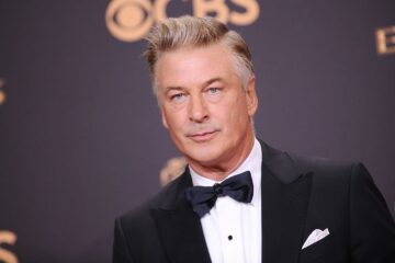Hollywood star Alec Baldwin shoots dead woman with prop gun on movie set